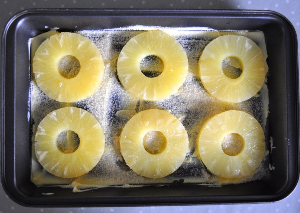 pineappleandwalnutbake 002